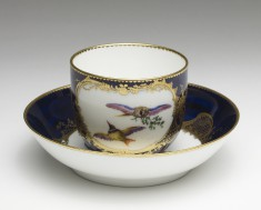 Cup and Saucer (Gobelet 'Calabre' et Soucoupe)