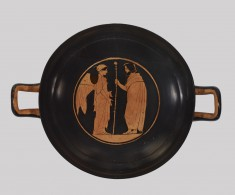 Stemless Kylix Depicting Nike and Ruler and Hermes and a Woman