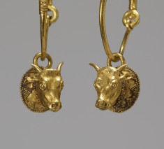 Pair of Earrings with Cow Heads