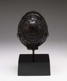 Carved Coconut-shell Box