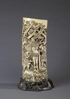 Vase with the Warrior Yoshitsune