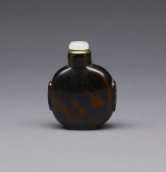 Snuff Bottle with Birds