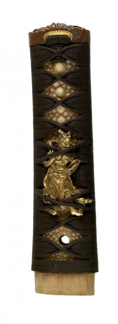 Tsuka with Gate Guardians