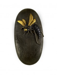 Kashira with a Wasp